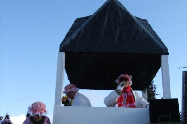 2012-karneva-429B1C0C57-7B60-792D-45DD-7C7BFF1F926B.jpg
