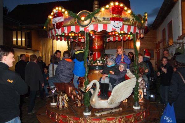 weihnachtsmarkt2015-23640BC1CE-1F51-E399-317B-51EC2FF32723.jpg
