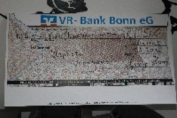 2012-spendenuebergabe062C1663DB-3A07-9351-E0FA-C1C3FFD39D25.jpg