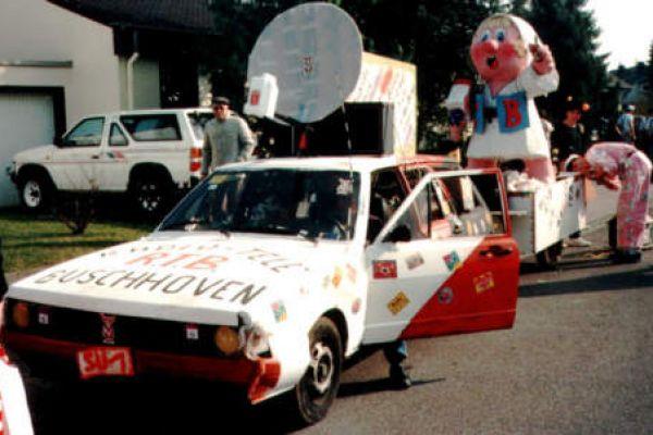1992radio-tele3A4C7EBD4-FB77-5E41-6A6B-8402EA1B4F9E.jpg