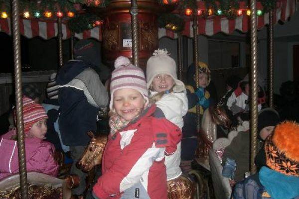 2010-12-18-weihnachtsmarkt1079E41940-3939-02DE-22BC-2AD7B37E2391.jpg