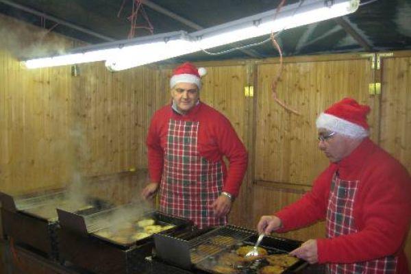2009-12-19-weihnachtsmarkt4895B9507B-51F5-93E2-26DA-23960607E34B.jpg