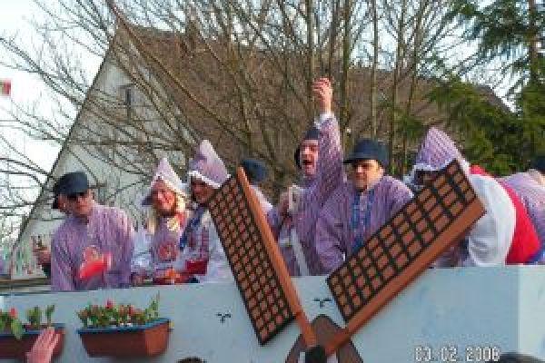 2008-karneval2008-335288849-2A53-46C2-4531-9D4A0290DDAD.jpg
