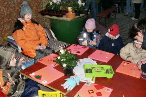 2008-weihnachtsmarkt-01C596343D-76B3-7D16-B7E5-B5E788161A5A.jpg
