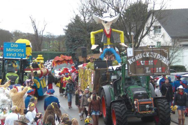 karneval2016-087D4A231C-0CEC-5F13-281C-36CFBCDF13DA.jpg