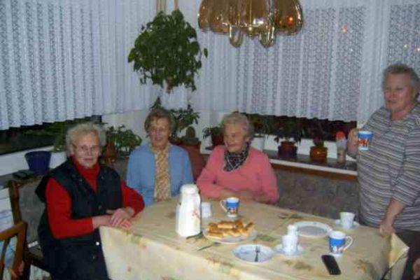 2005weihnachtsmarkt-2005-35C4E0256-E7DC-EB43-4615-37D22FF33D36.jpg