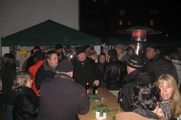 2011-12-10-weihnachtsmarkt-103BD554D0-85C0-ECEB-CF51-EA5AC35600E1.jpg
